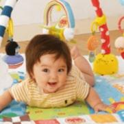赤ちゃんとの遊び!2ヶ月・3ヶ月・5ヶ月・6ヶ月など月齢別まとめ