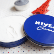 ニベア青缶パックお風呂でのやり方・方法や効果は?頻度は毎日?